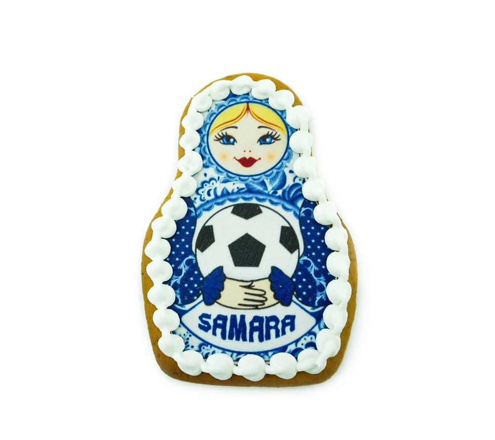 Матрешка синяя с мячом